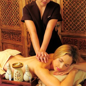 afond spa massage at Oriental room